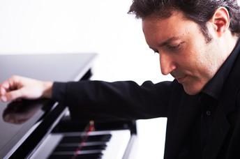 Daniel Ligorio, piano - Trío Arriaga