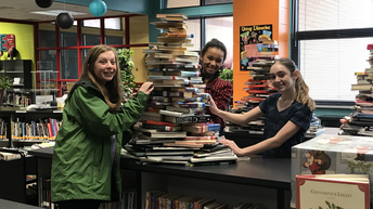 Students Sharing Their Christmas Spirit