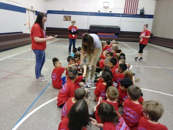 Kindergarten's Wild Life Assembly