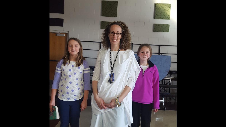 Scarlett, Mrs. Jones and Malea