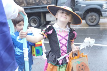 We would like to extend a warm thank you to all of our amazing neighbors for welcoming students to their businesses for Trick or Treating!