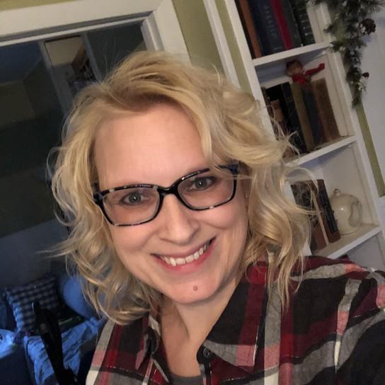Sarita Schraeder profile pic