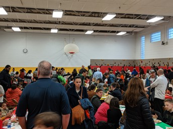 Great Crowd for the Pot Luck!
