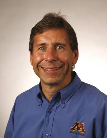 Jim Salfer Minnesota Extension Dairy Educator headshot