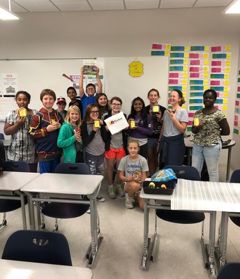 Spanish Club Makes Salsa with Veggies from AMS Garden