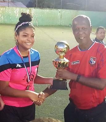 Team Captain receiving her trophy!