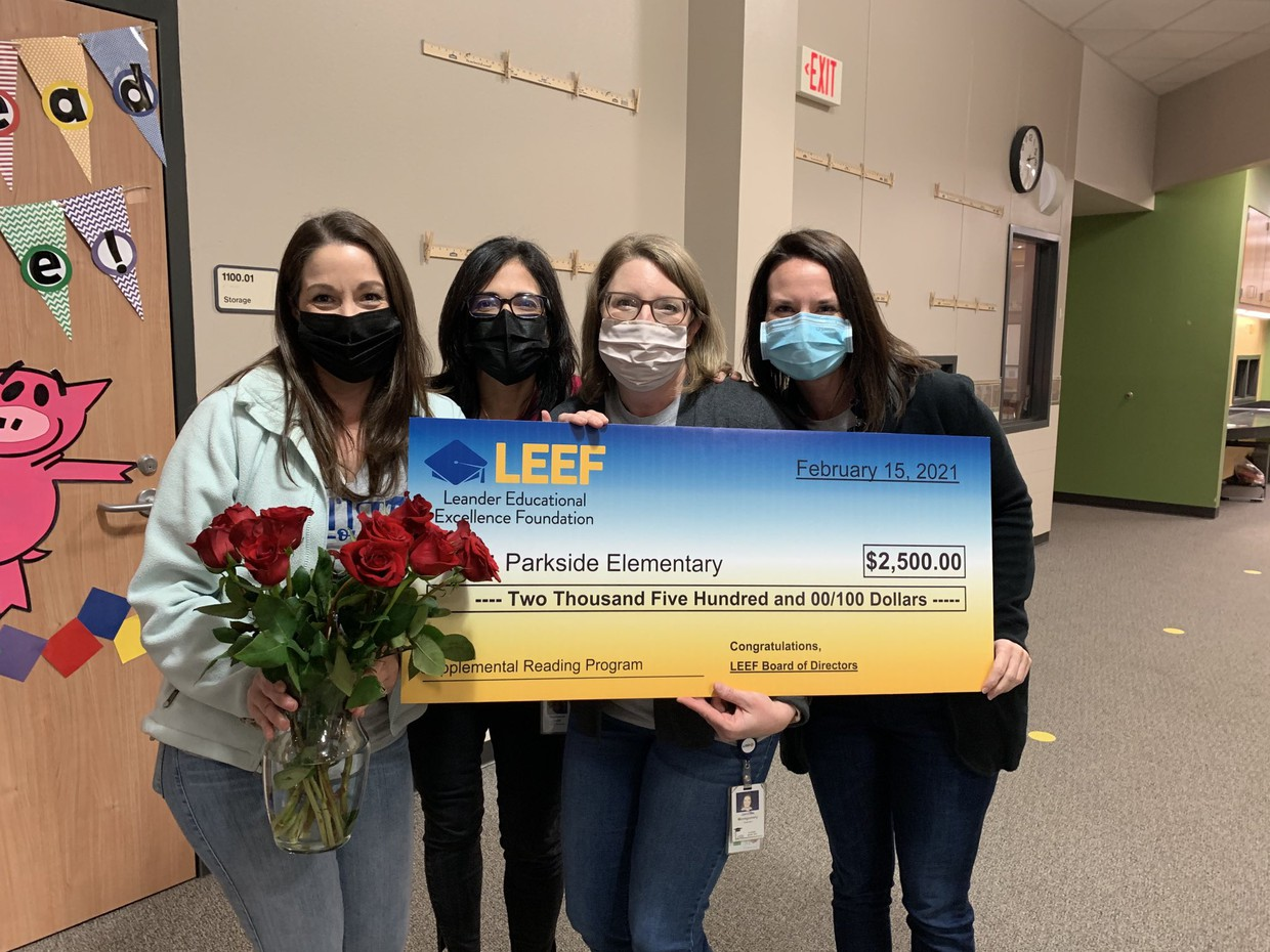 Parkside ES staff and their grant from LEEF