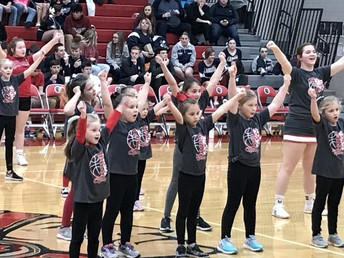 H-L Cheer hosted Mini Cheer