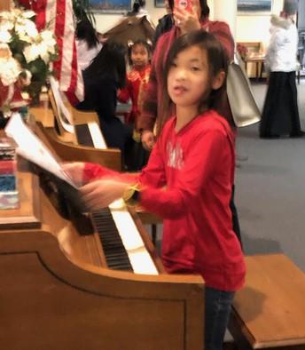 We had pianists!
