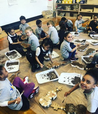 Kindergartens having fun with the Paper Orchestra project