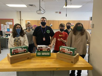 Mr. Reed is 1 of 1000 educators nationwide that won the 2020 Hess Truck STEM Giveaway!