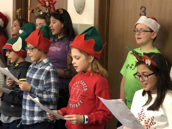 Student Council Spreads Holiday Cheer