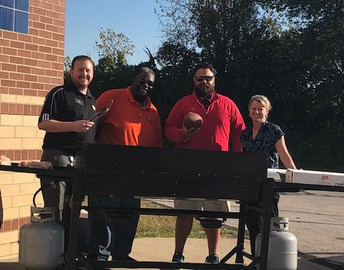 Dads Club Fall Tailgate Cookout!