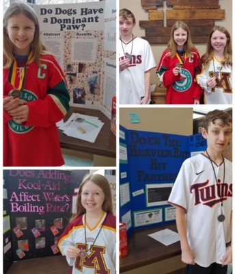 7th grade Science Fair Winners