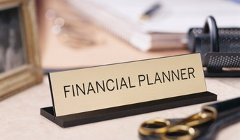 Why We Should Visit Financial Advisor in Calgary?