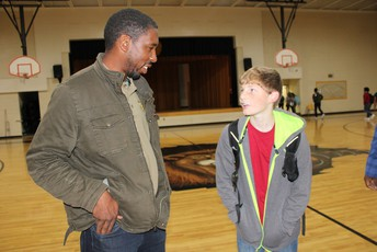 MHS Grad pays a visit to MJHS