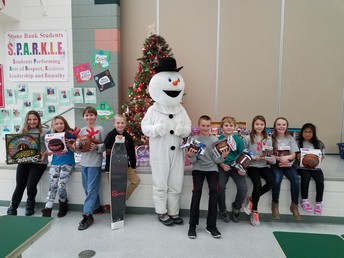 Kapco Snowman and 5th grade students