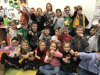 Third Graders make Gingerbread Ornaments!