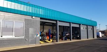 5 Garage Bays