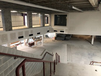 A view down to the main foyer from the top of the student forum