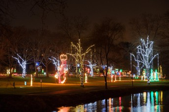 LIGHTS IN THE PARKWAY - Wednesdays - Sundays, December 1 - December 9 Nightly, December 12 - 28