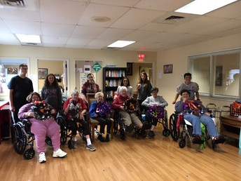 SPARK Students Helping at Life Care