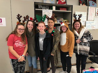 Holiday Fun at the Middle School!