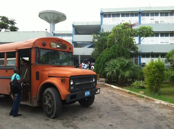 """Daily Workshops are held at EVA (Vocational School of Art """"Alfonso Perez Isaac"""") in Matanzas , Cuba"""