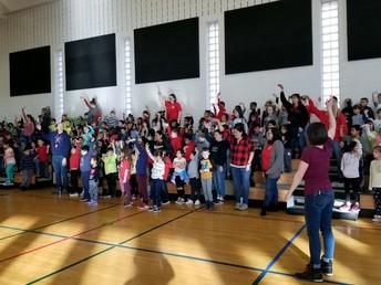Improv Academy Assembly/ Asamblea de Improv Academy