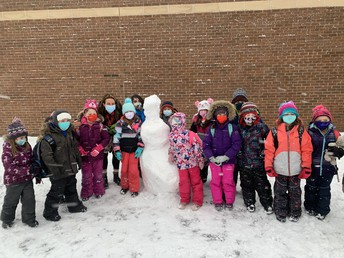The arrival of packing snow is always a delight on the school yard, creations began before the school day had even started!