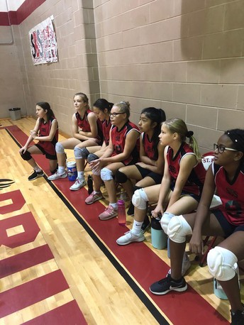Girls Volleyball - 7th Grade