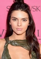 2) Kendall Jenner