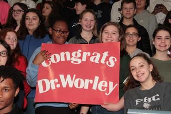 Saeger Students Help Celebrate Dr. Worley