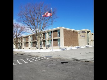 Pine Grove Middle School Library- East Syracuse Minoa School District