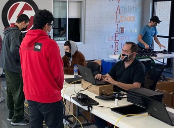 District begins 1:1 Chromebook distribution at Lake Travis High School