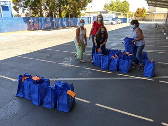 """It's """"bag"""" to school at LAHS!"""