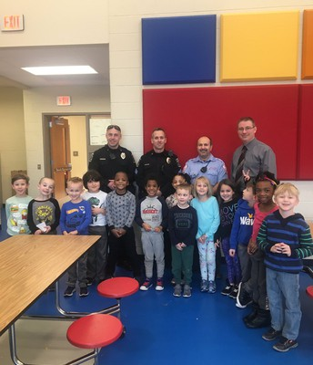 Kindergarten students thank our OJRSD Safety and Security staff and EVPD for keeping us safe