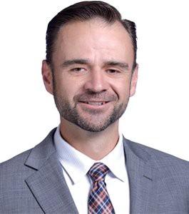 Presenter Aaron Hansen