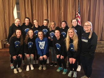 Girls Basketball Team Awarded Volunteer Group of the Year!