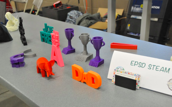 Students Showcase 3-D Printer Projects