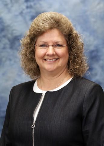 Clinton-Massie Treasurer, Tracy Parker, announces retirement