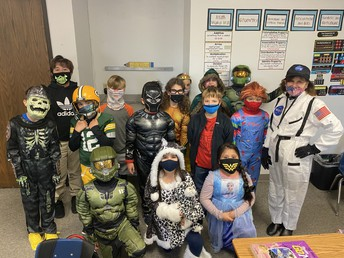 """The 3rd graders with Ms. Kovach the """"Astronaut"""""""