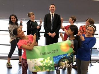Greene School Rocks Earth Day!