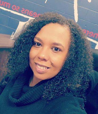 LaShonda Moore, Front Office Manager