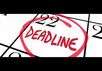 Seniors- College Application deadlines approaching