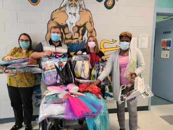 Thank you to CASA of Harrison and Stone Counties for donating costumes for our students! Be present, on time, and respectful to get your name in a drawing to win a costume.