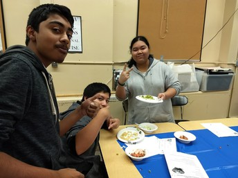 Students enjoying healthy food!