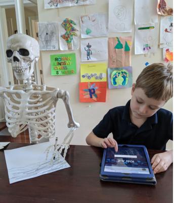 RAZ-kids study buddy--(that's a scary pod!!)