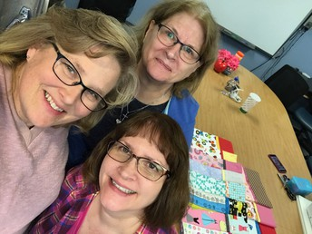 D44Unselfies: Wendy Underwood, Susan Karcher & Debi Hansel