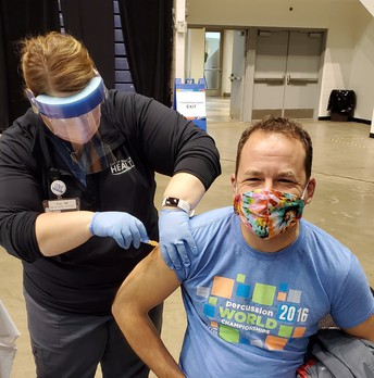 SFSD Nurses Receive COVID-19 Vaccine